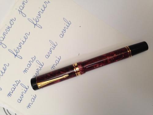 フランス語の手書きと筆記体の書き方